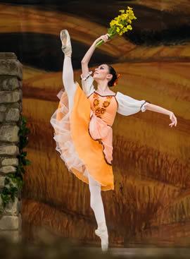 """Spectacolul """"La fille mal gardée"""" al Teatrului de Balet Sibiu este reprogramat pentru zilele de 22 și 23 martie, cu doar o treime din locuri scoase la vânzare"""